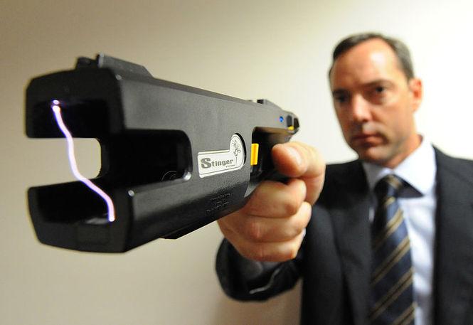 Электрошокер: самооборона или оружие нападения?